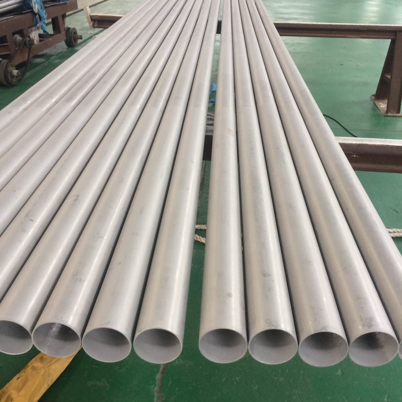 Hot rolled Stainless Steel Seamless Pipe